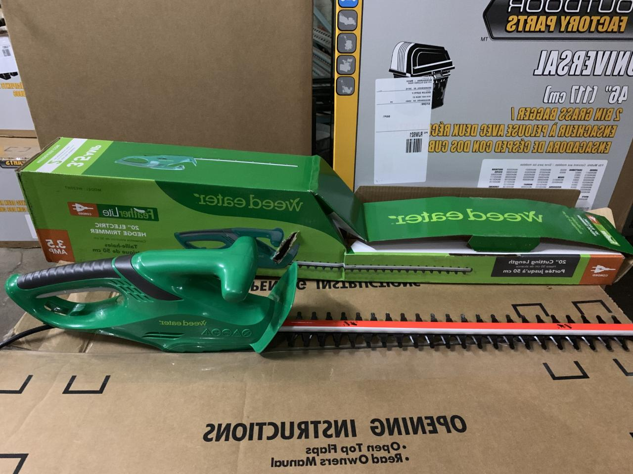 Weed Electric Hedge Trimmer WE20HT Corded 3.5 Amp Feather